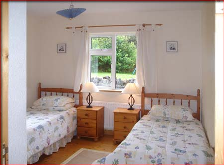 Laurel Lodge, Letterfrack, twin bedroom, west of ireland